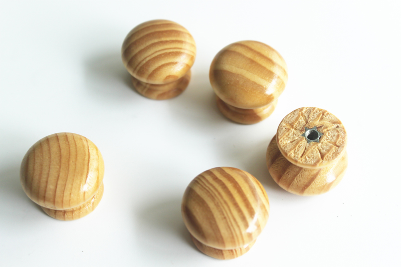 wooden knobs product