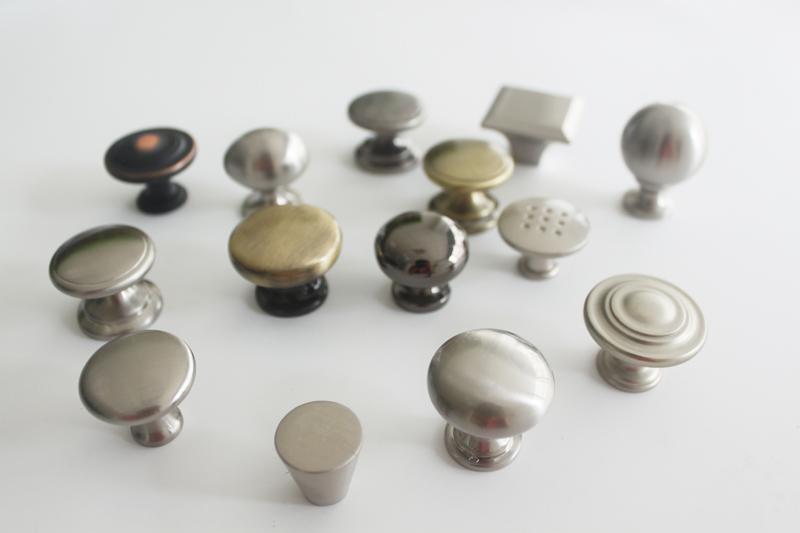 Zamac Diecast Furniture Cabinet Golden Knobs Decorative