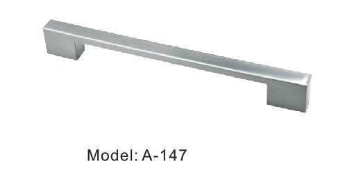 Furniture draw handles