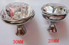 Beautiful shabby chic glass knobs and pulls for cabinets